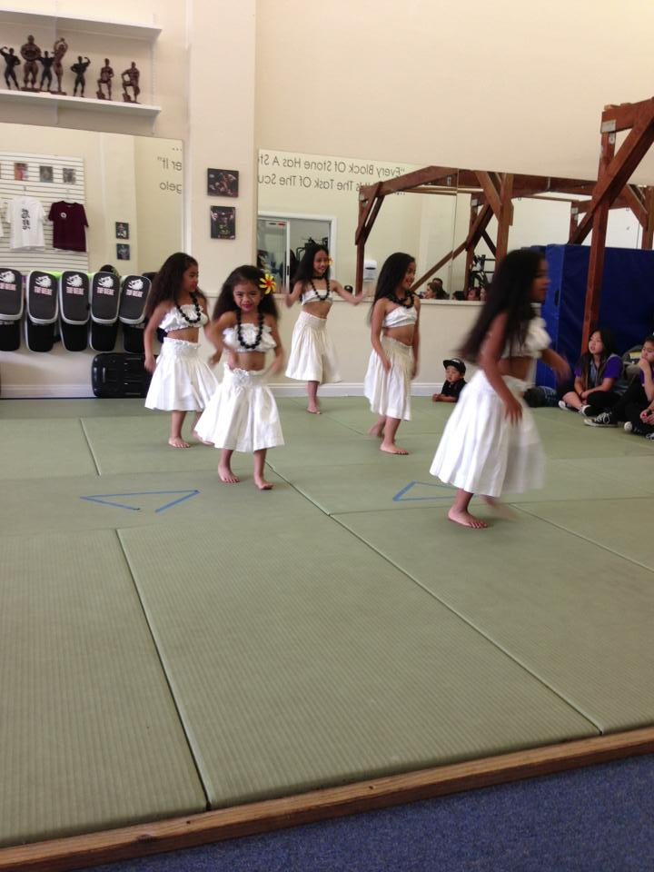 Community Youth Talent Show Rahiti Keiki dancers Photo: Physique Magnifique