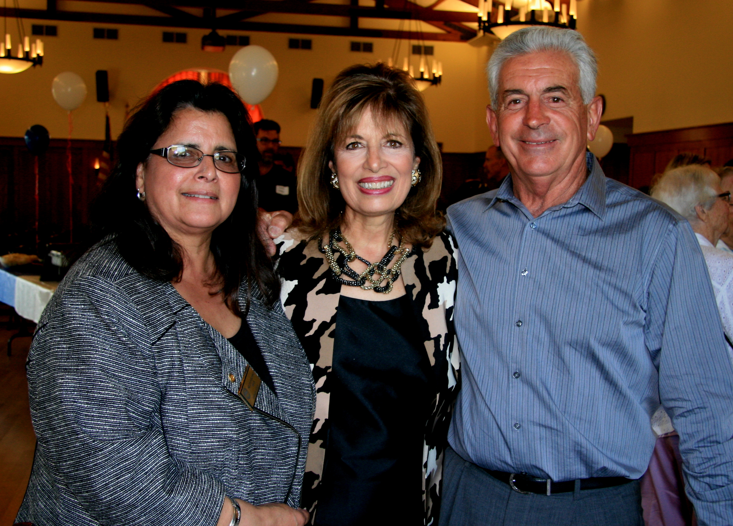 Helen, along with her Dennis Fisicaro pose with  Congresswoman Jackie Speier