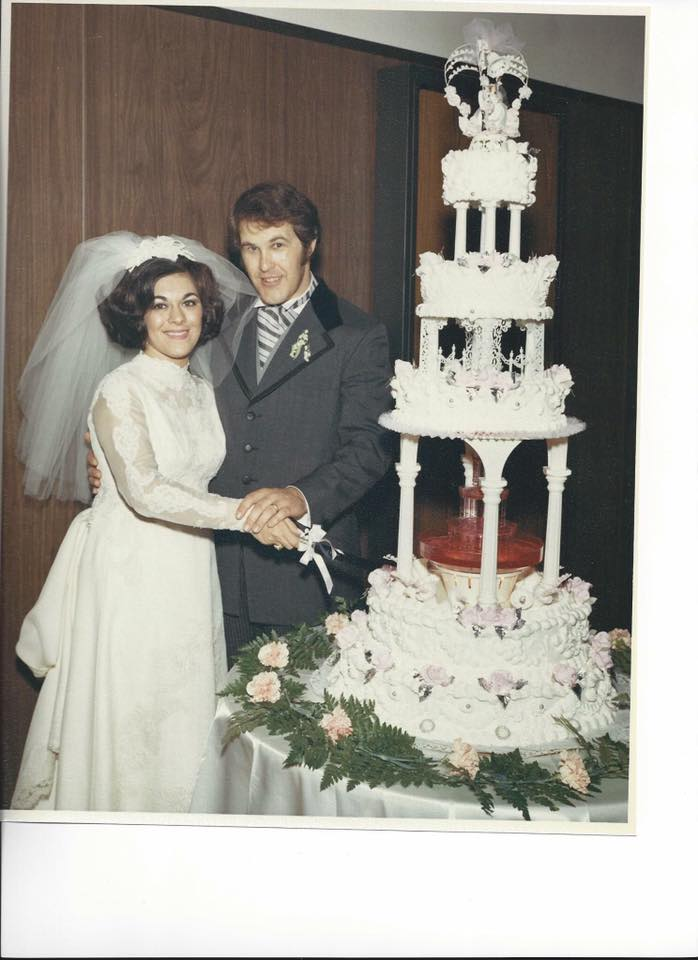 Francine Cistulli Graben shares a photo of her wedding cake by Galli's